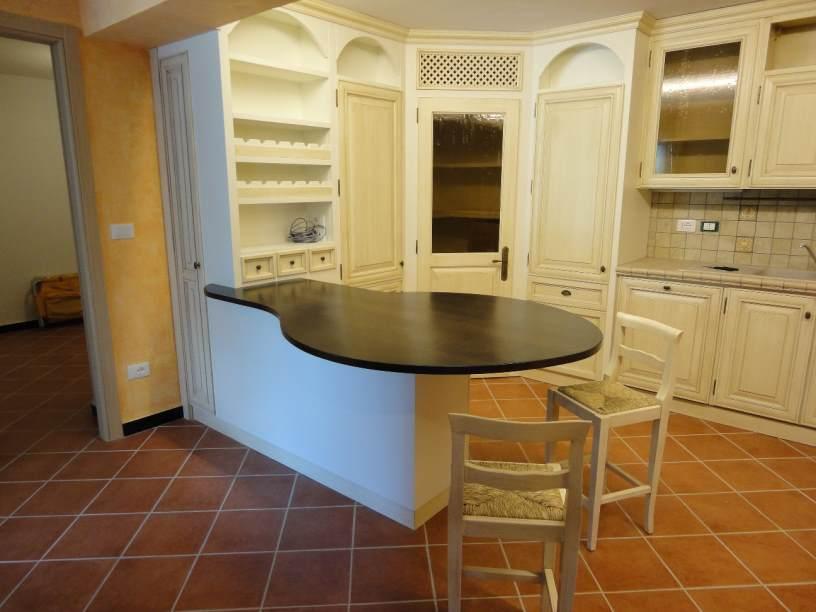 Arredamenti oscar bellotto – Cucina finta muratura e taverna ...
