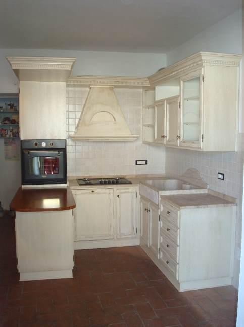 Arredamenti oscar bellotto – Cucina provenzale con lavello ...