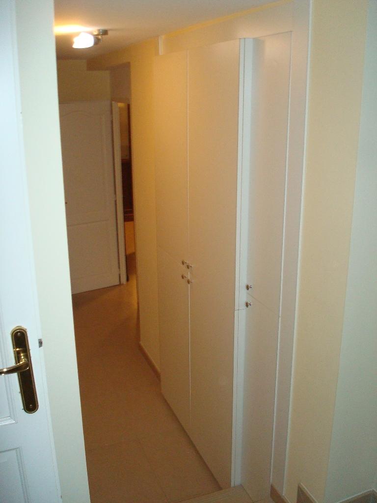 Armadio Laccato Bianco : Arredamenti oscar bellotto armadio corridoio laccato bianco